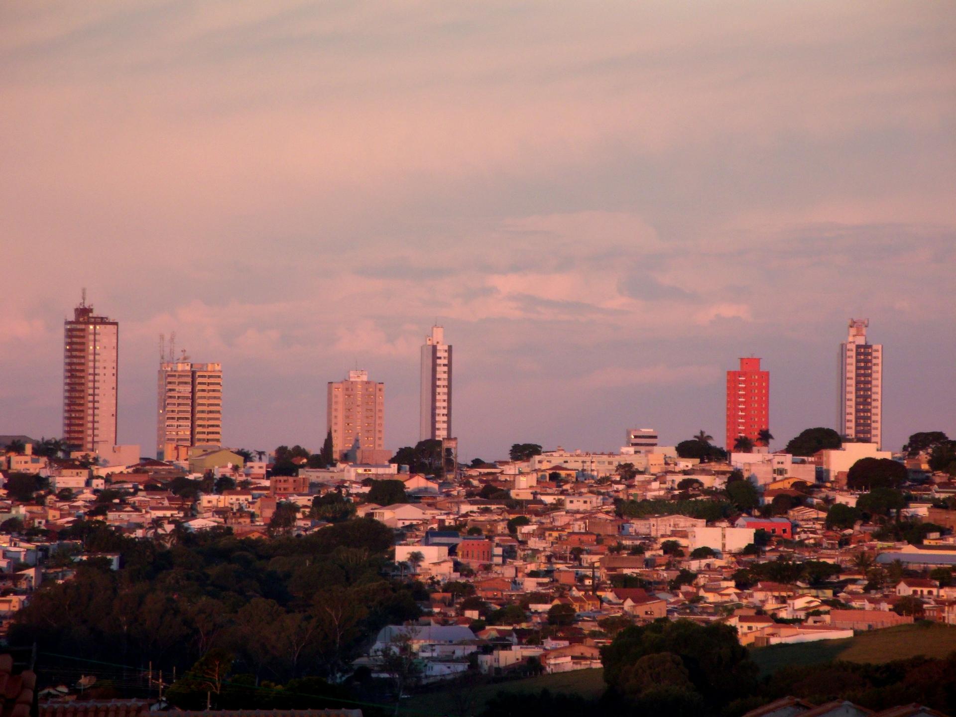 Antonio Banhos (@antoniobanhos) Cover Image