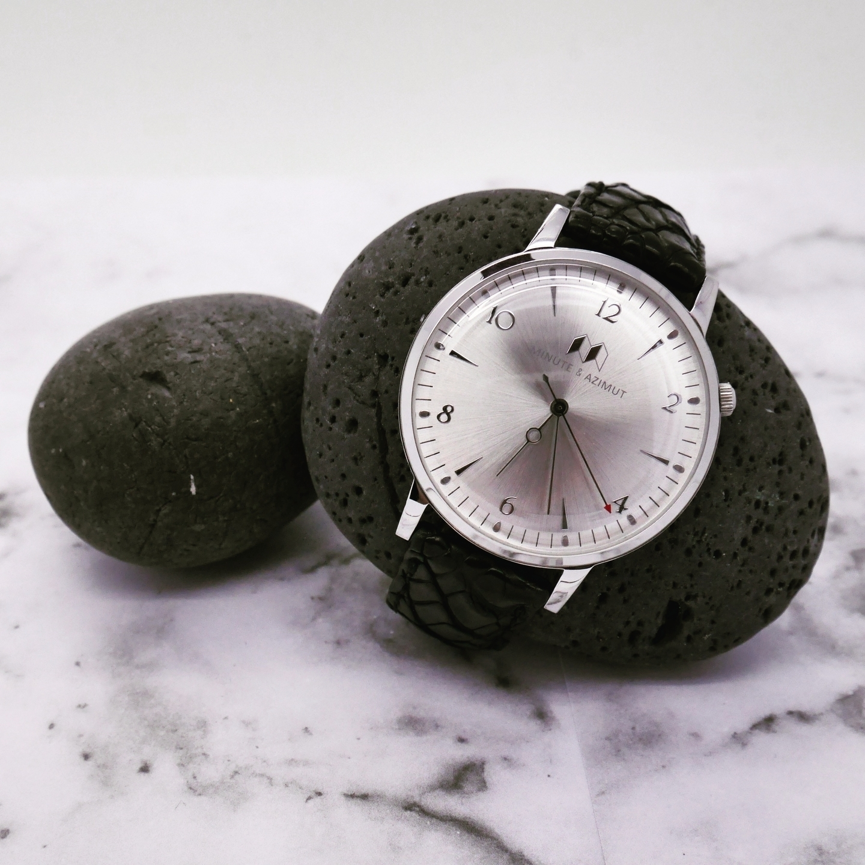 Minute Azimut (@minute_azimut) Cover Image