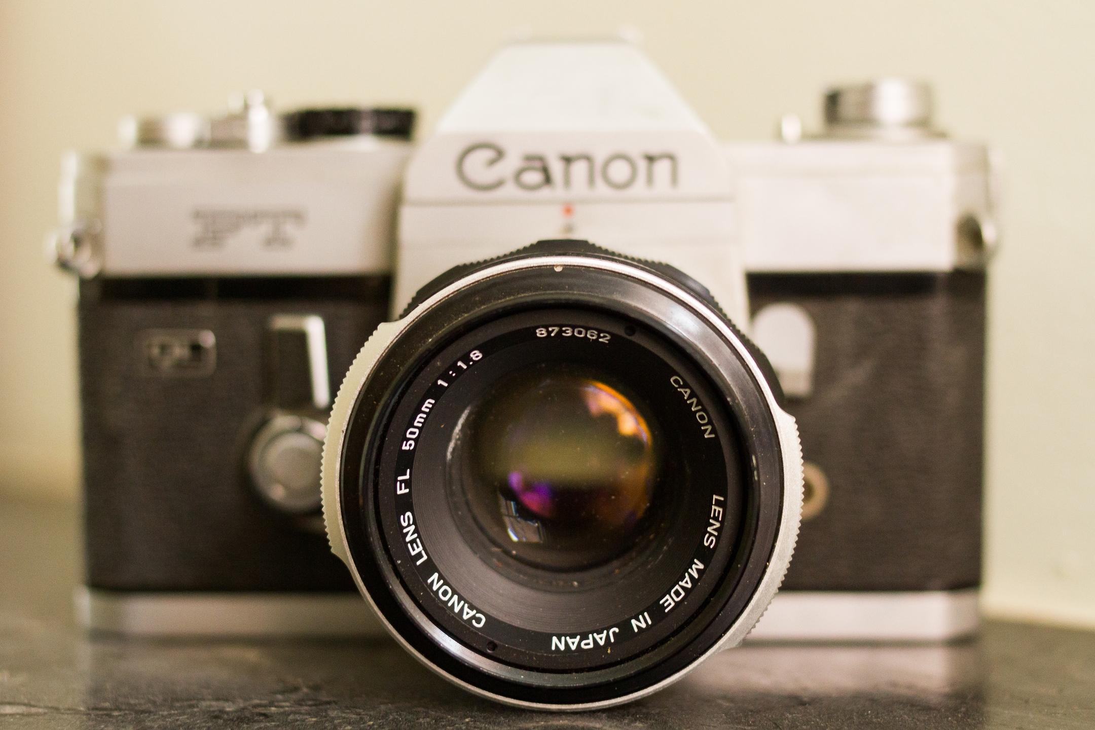 Canon Shooters on Ello (@ellocanon) Cover Image