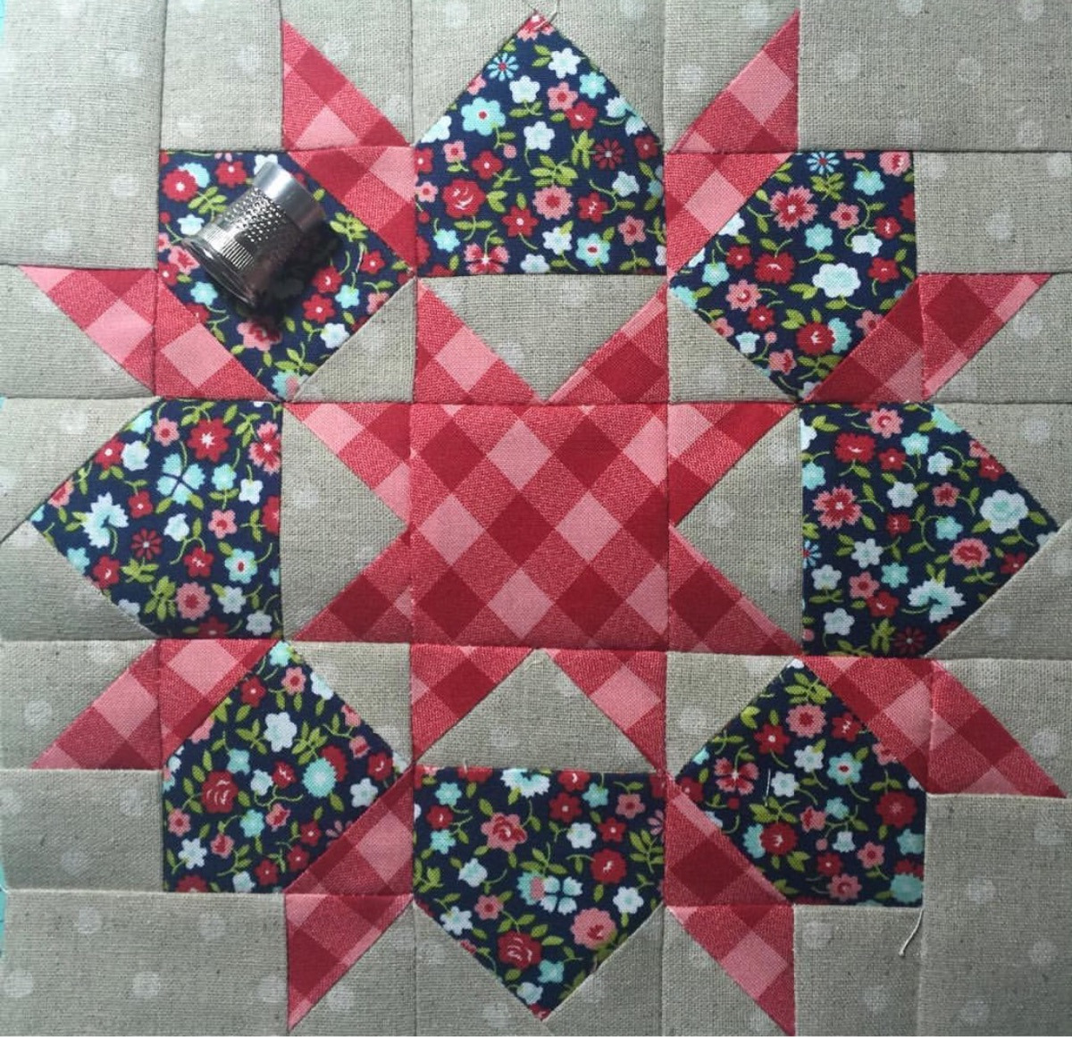 Ruth Andres (@quilting_andy) Cover Image