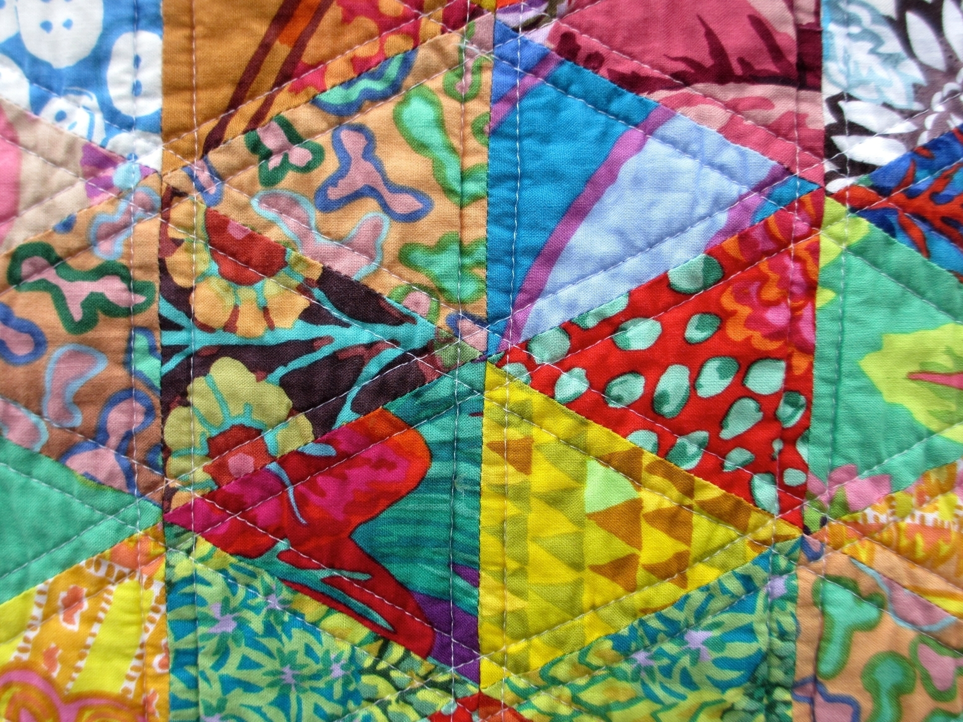 Tricia Young (@piecelovequilt) Cover Image