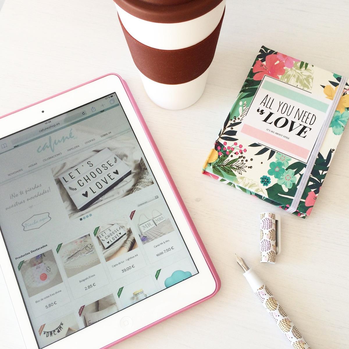 Elena | Cafuné shop (@cafuneshop) Cover Image