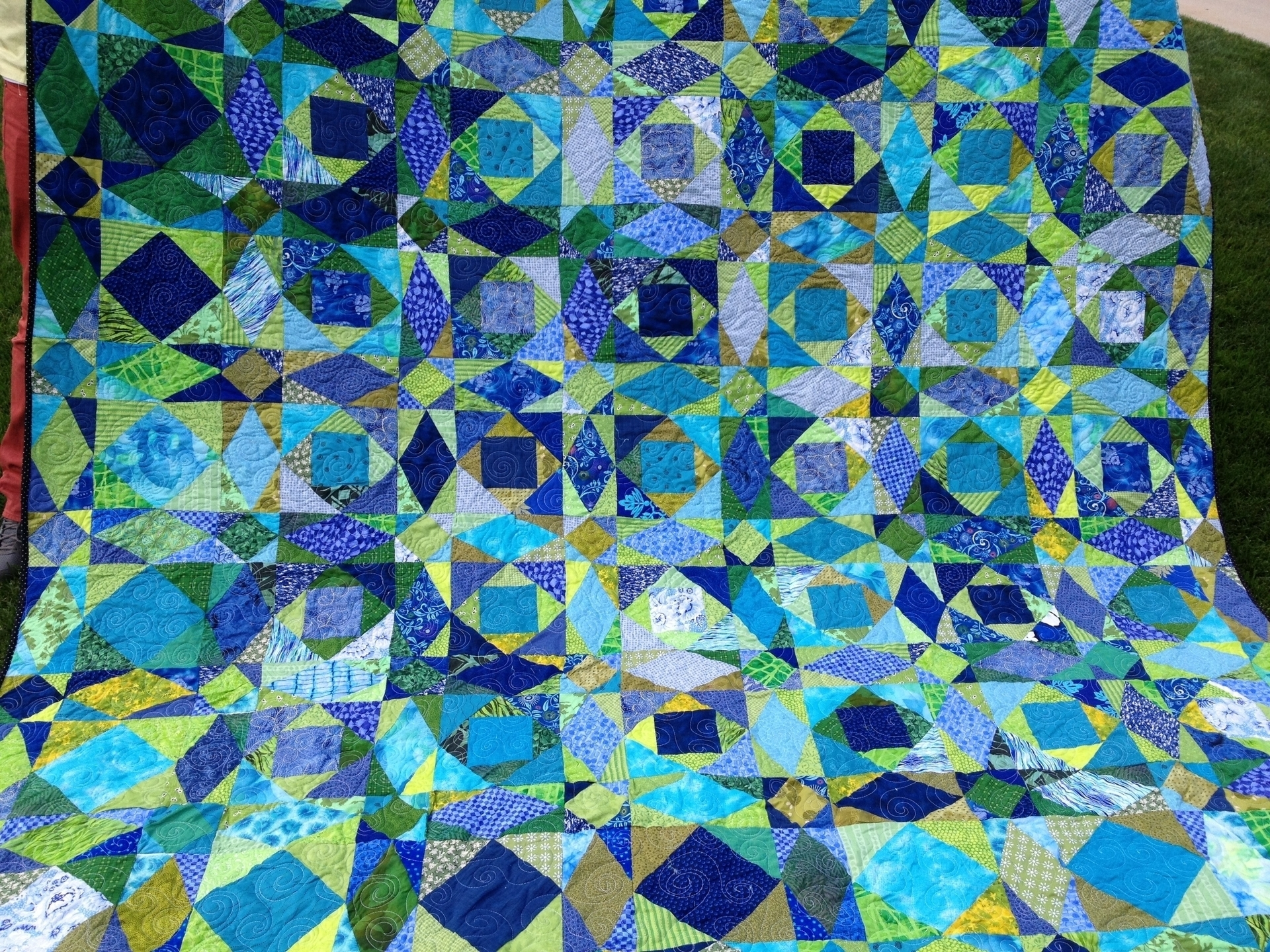 Carrie (@mamabearquilting) Cover Image