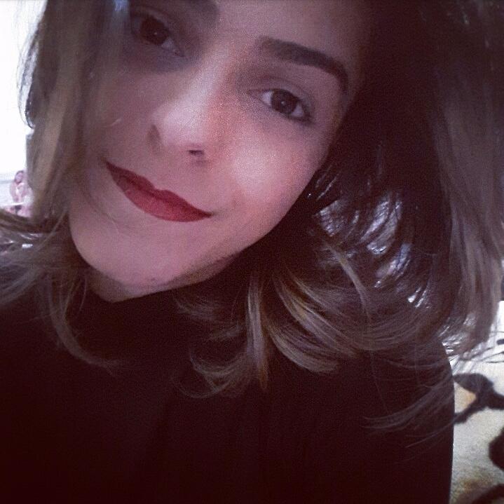 Patrícia Ramos (@patiramos) Cover Image