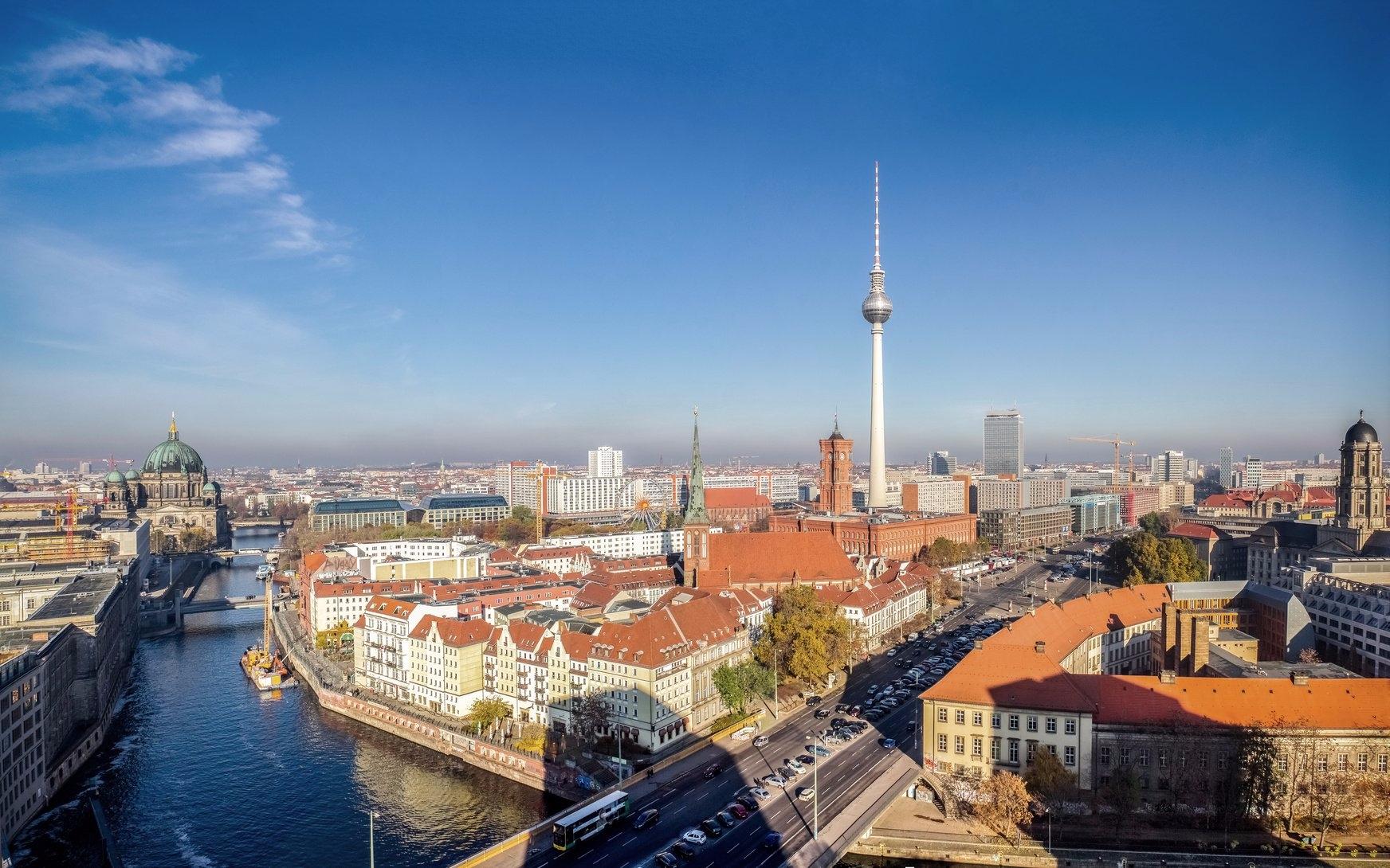 Berlin Medical Academy (@berlinmedicalacademy) Cover Image