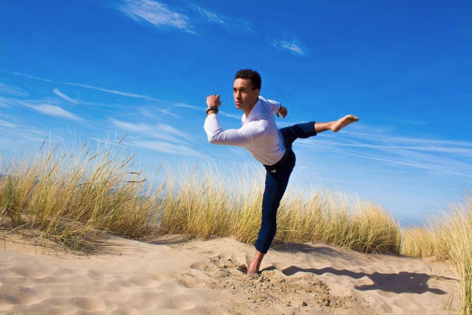 Christiaan Sevenhujsen  (@christiaansevenhuijsen) Cover Image