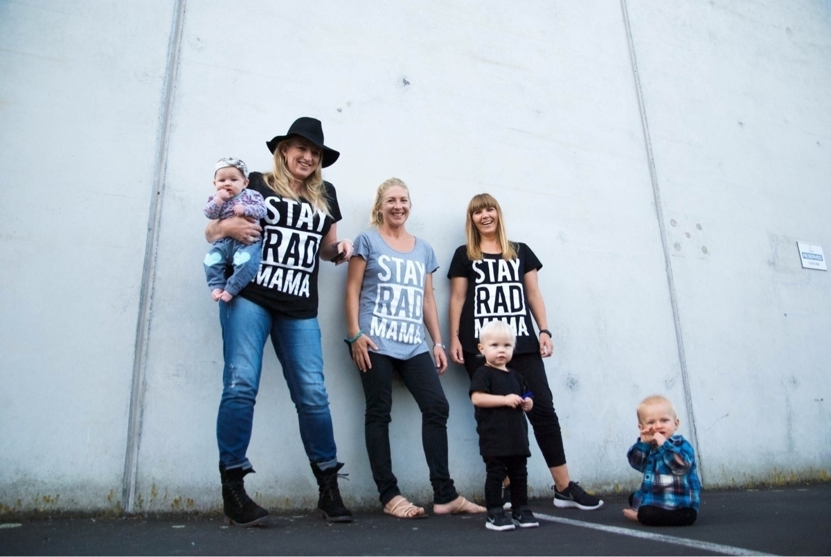 Stay Rad Mama (@stayradmama) Cover Image