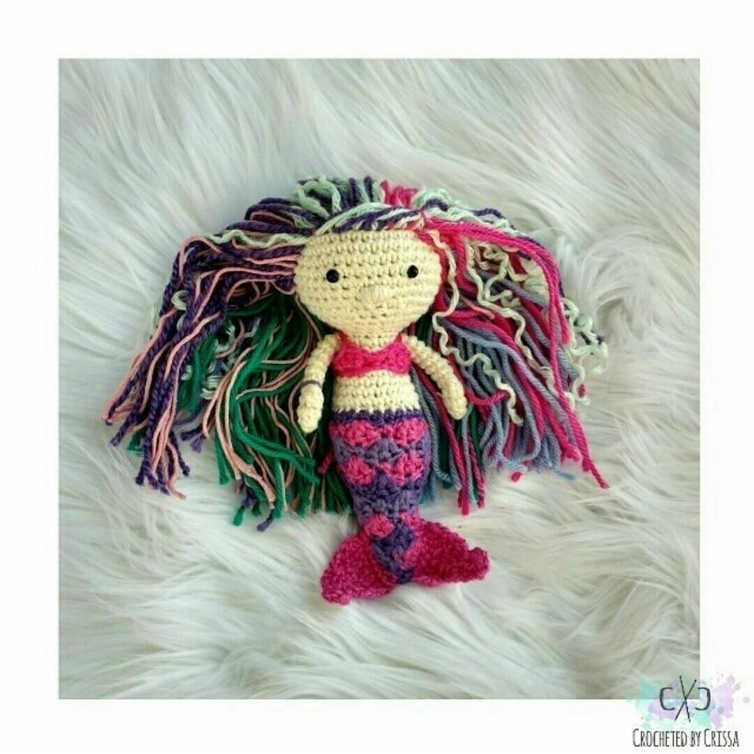 Crissa (@crochetedbycrissa) Cover Image