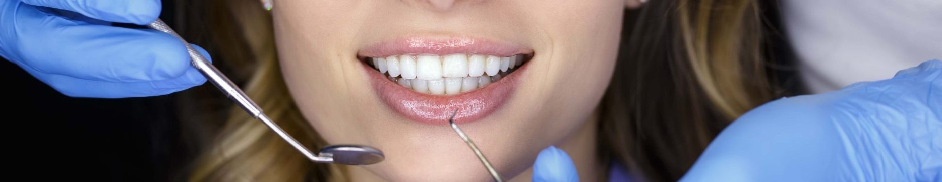 Adelaide Cosmetic Dentist (@adelaidecosmeticdentist) Cover Image