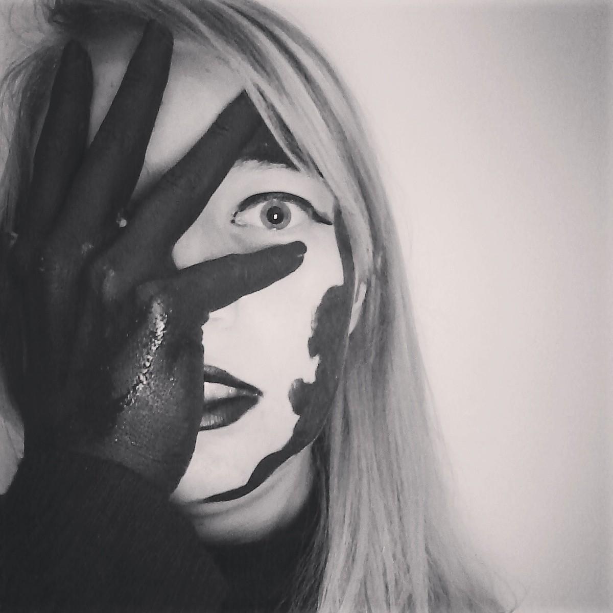 Anastasia Alexee (@ninskey) Cover Image