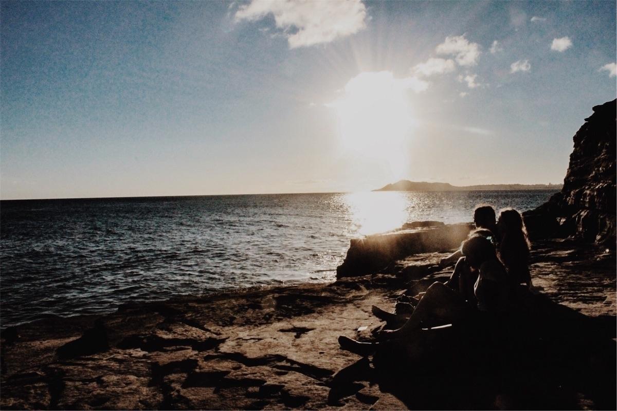 Chris Martin (@_chrismartin) Cover Image