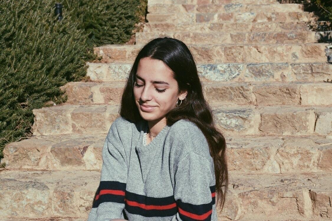 Mia Zapata (@miiazapata) Cover Image