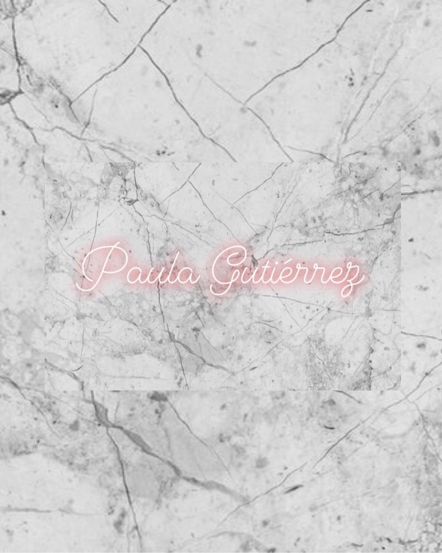 Paula  (@pics_paw) Cover Image