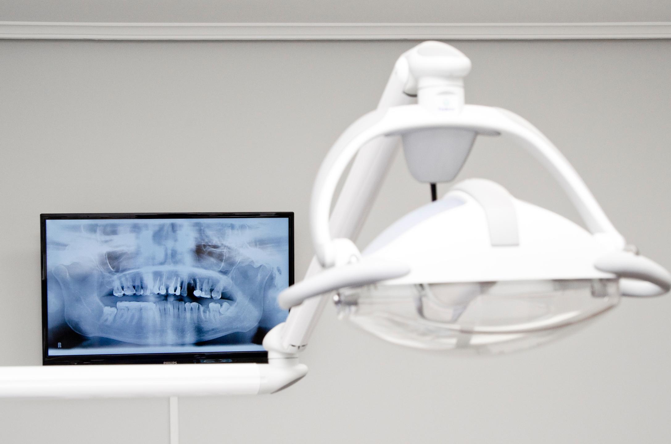 Clínica Dental Fernández Pita (@fernandezpita) Cover Image