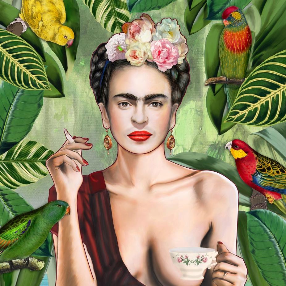 Nana Hut (@madame_hut) Cover Image