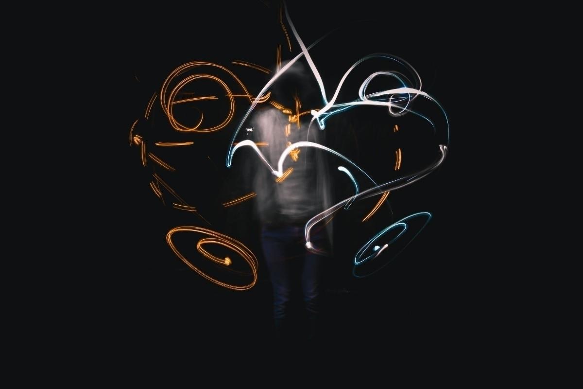 Eduardo Olmos (@axertiz) Cover Image