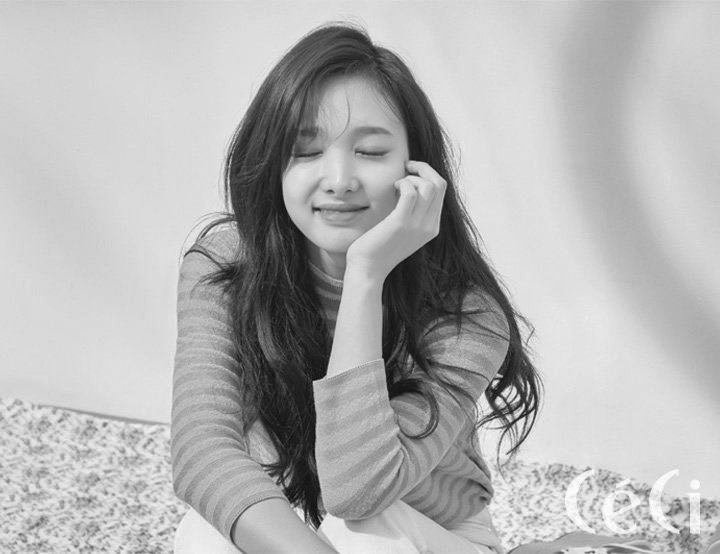 nayeon (@nayeoff) Cover Image