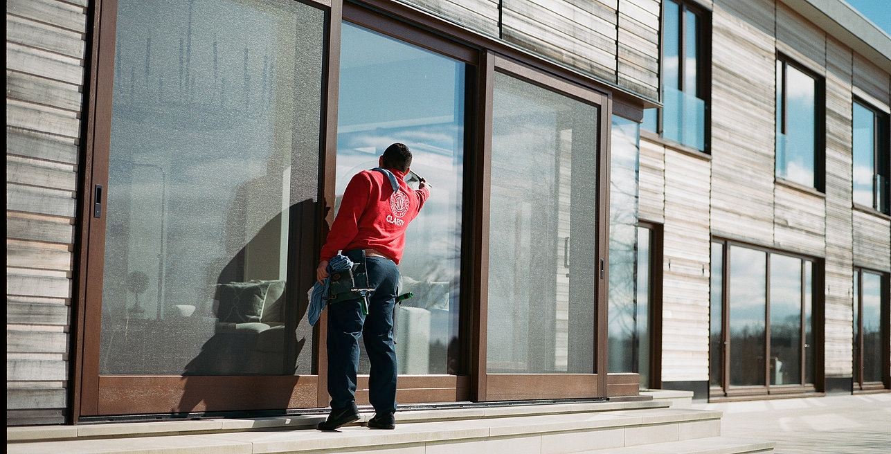 Clarity Window Cleaning (@claritywindowcleaning) Cover Image