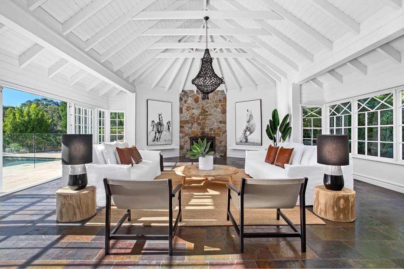 Hamptons At Home (@hamptonsathome) Cover Image
