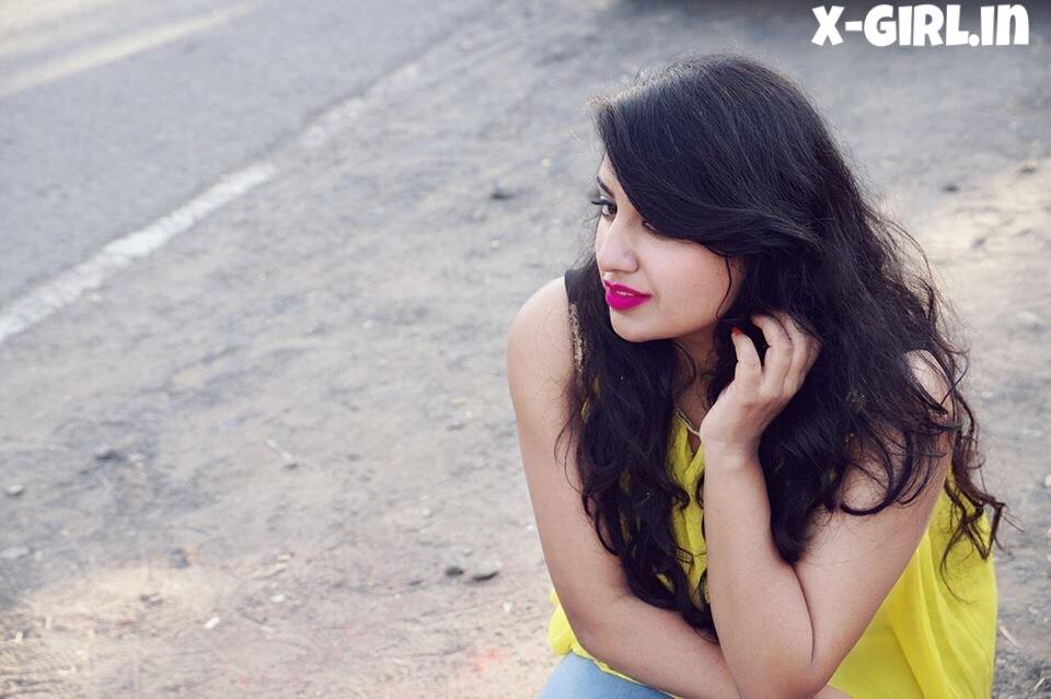 Riya Ahuja (@riyaahuja) Cover Image