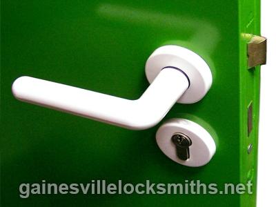 Gainsville Pro Locksmiths (@gnvlocks21) Cover Image