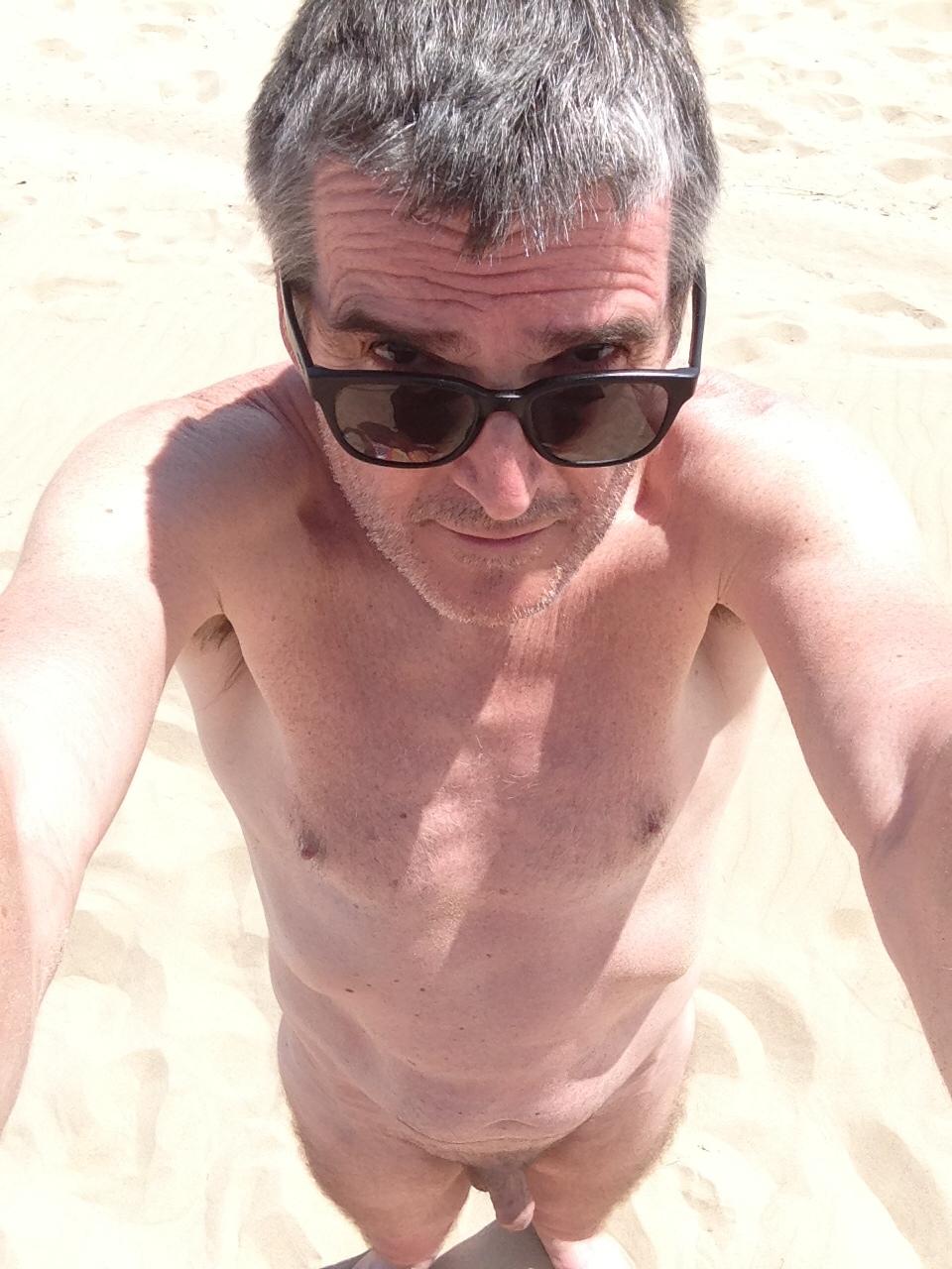 Hugh Stevens (@hugh57) Cover Image