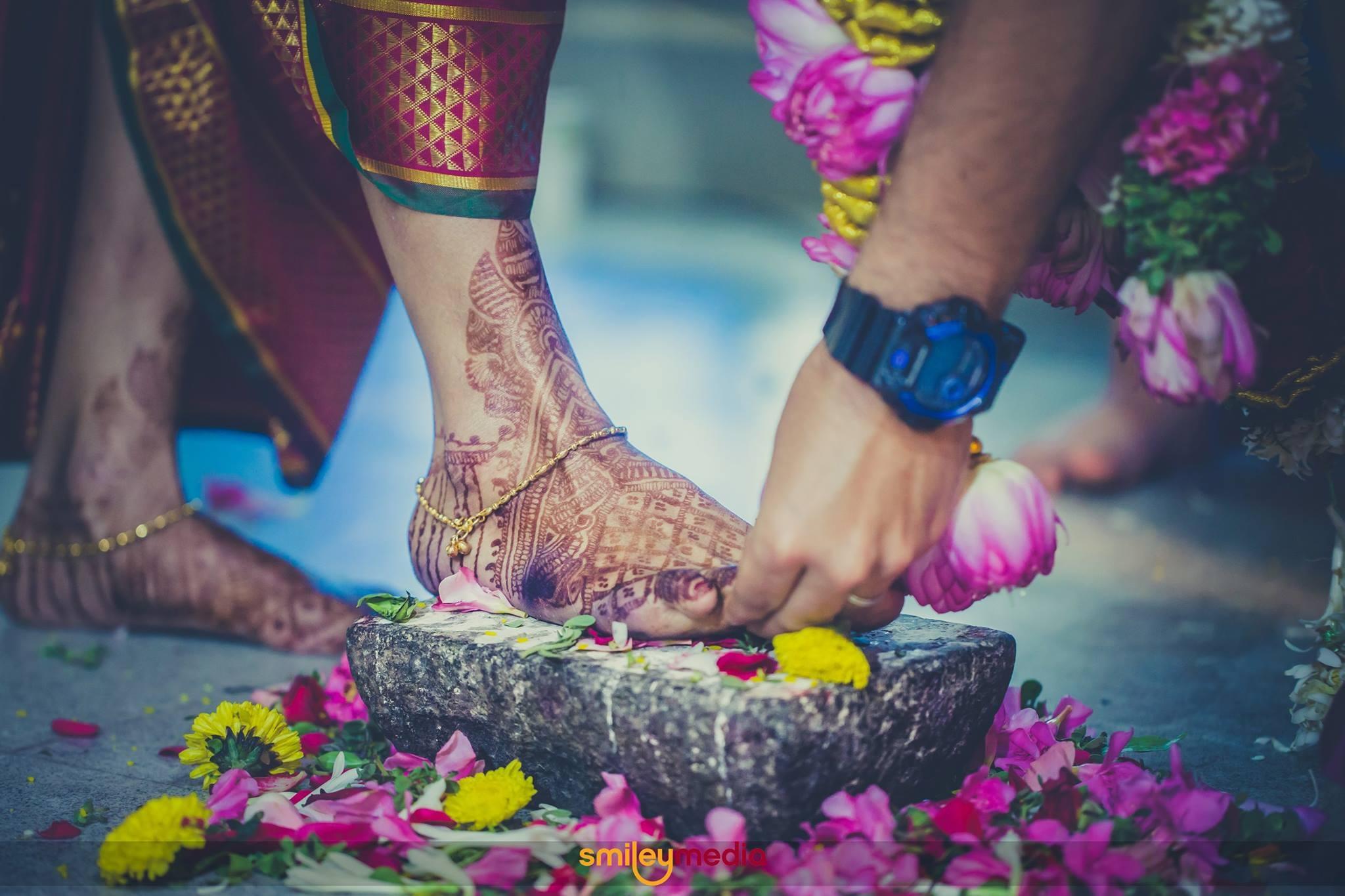 Manikandan (@smileymedia) Cover Image