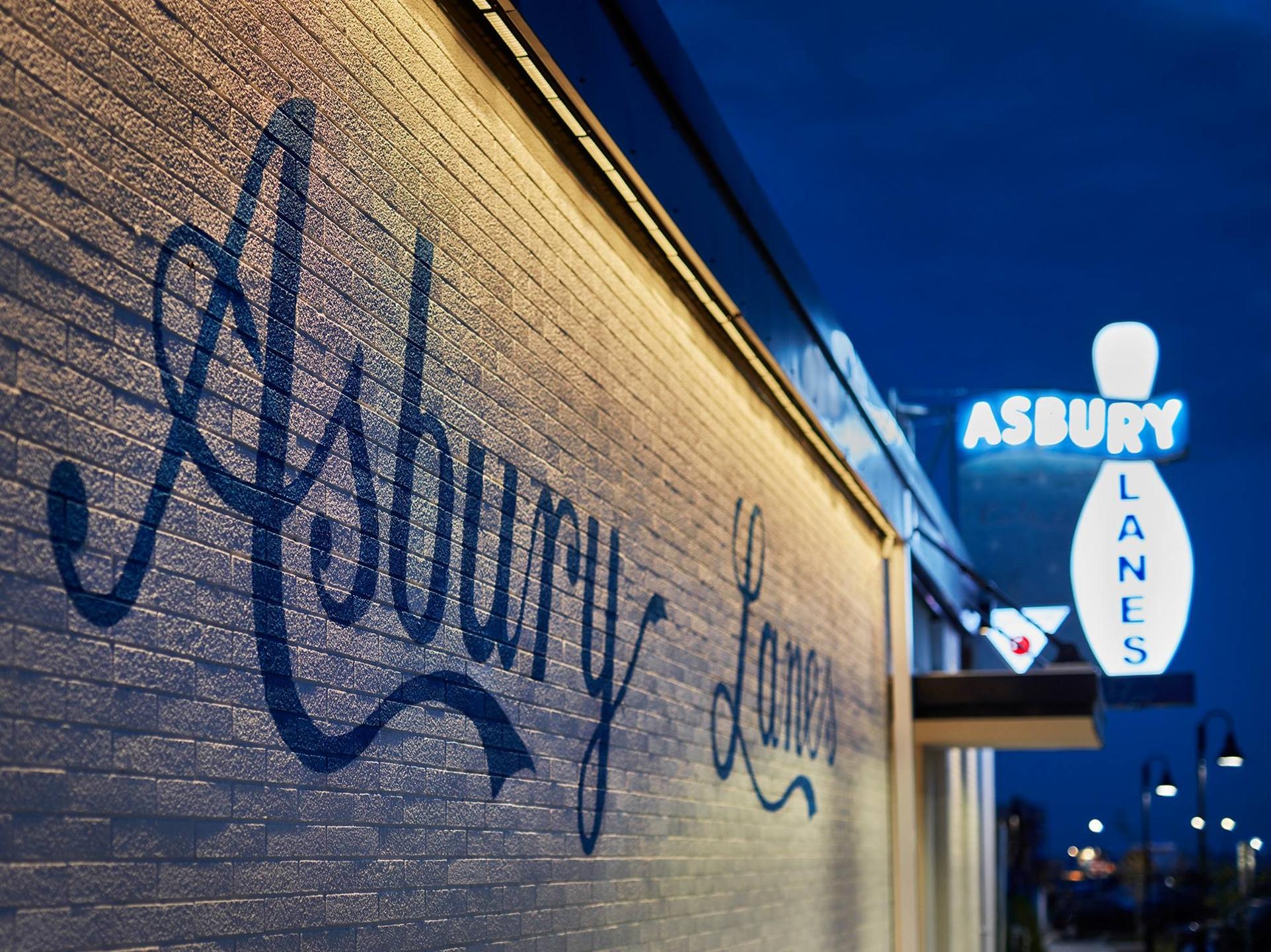 Asbury Lanes  (@asburylanes) Cover Image