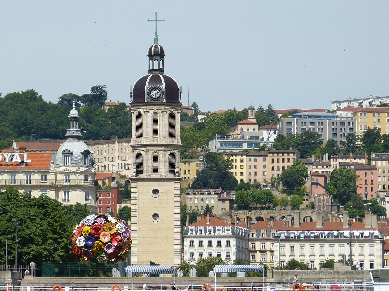 Guide de Lyon (@guide_de_lyon) Cover Image