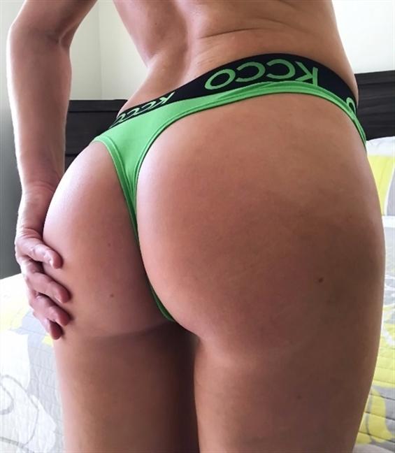 (@sex_date_munich) Cover Image