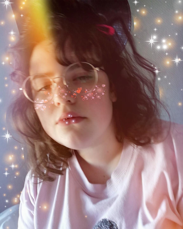 Katarina  (@katarinaknill) Cover Image