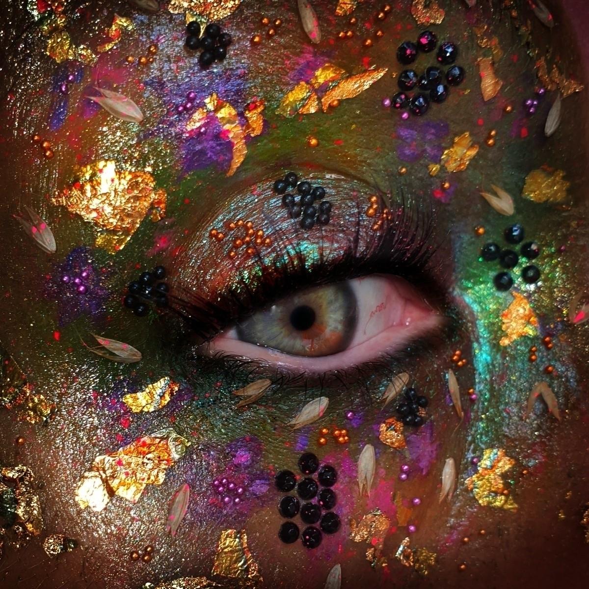 Corinne Robinson  (@corinne-robinson) Cover Image