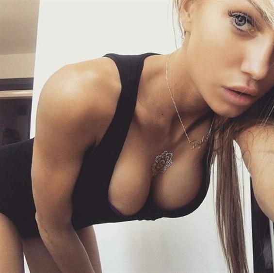 Brooke Tripoli (@brooke_tripoli) Cover Image
