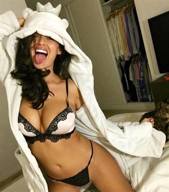 Diana Campinas (@diana_campinas) Cover Image