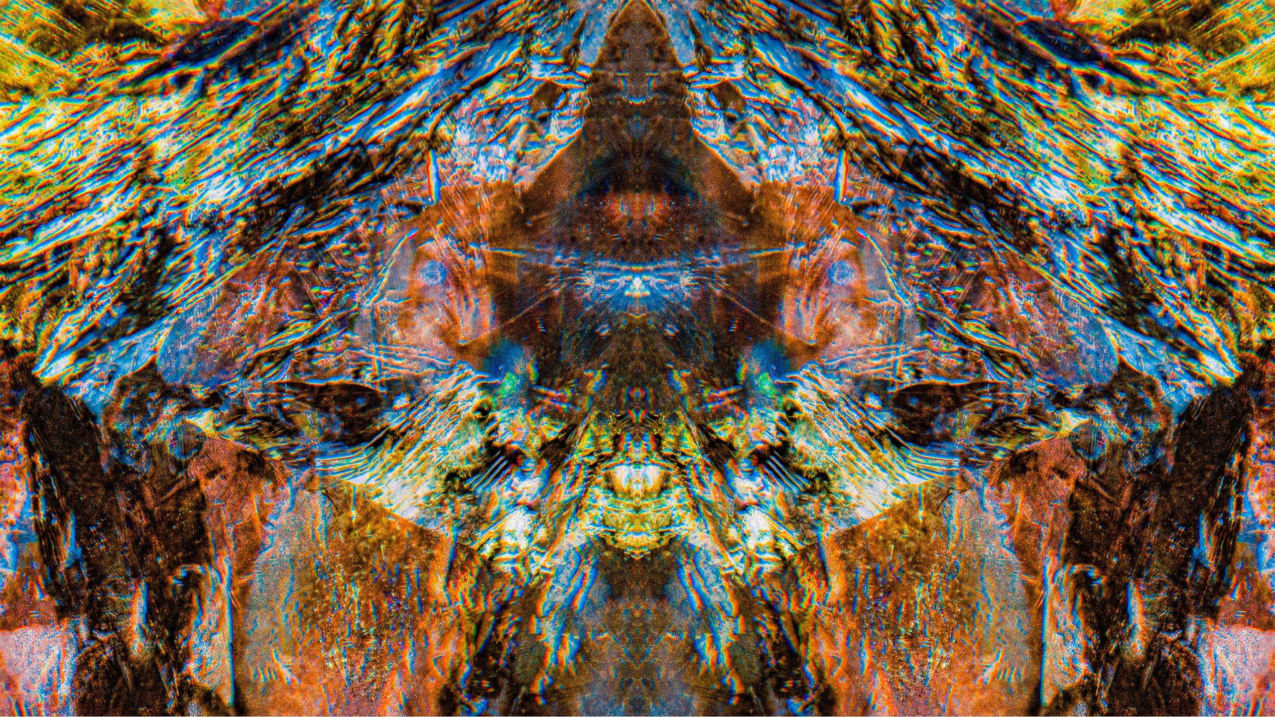 Viktore Atlantean (@fractalsoflight) Cover Image