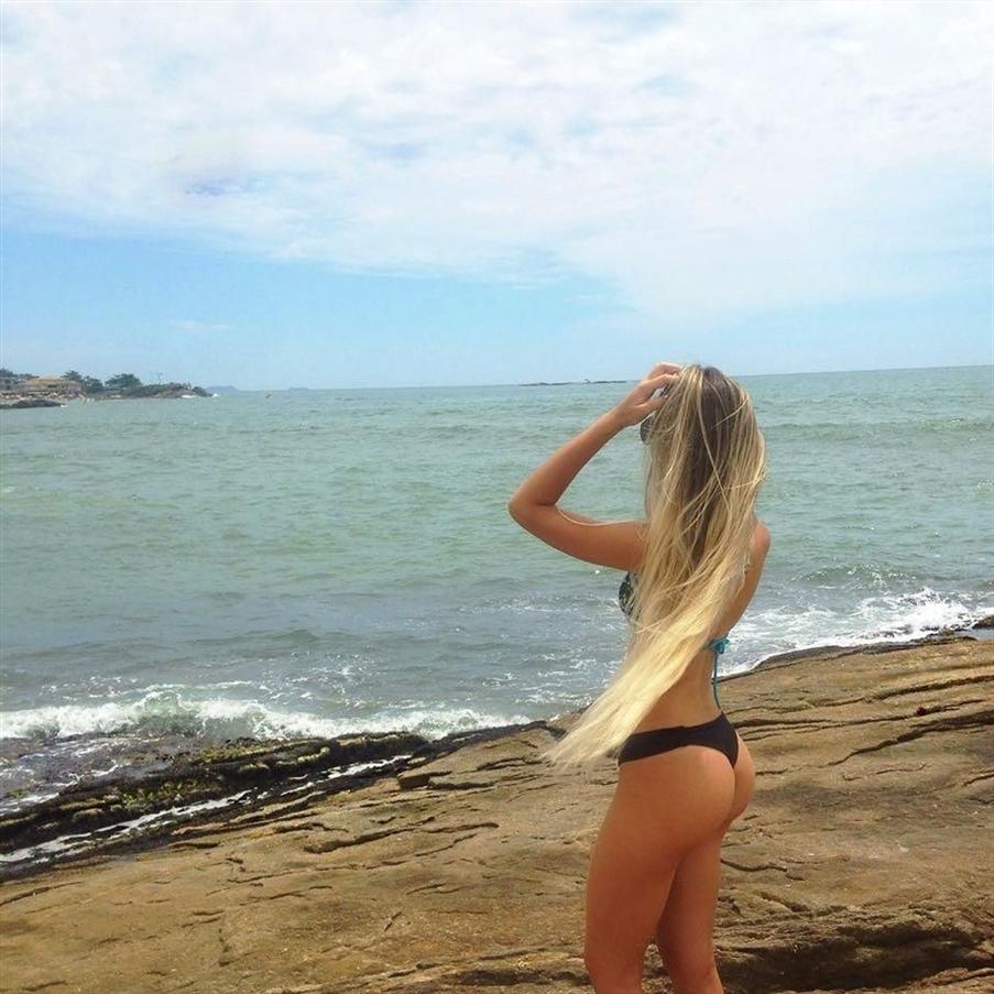 Jeanette Brazil (@jeanette_brazil) Cover Image