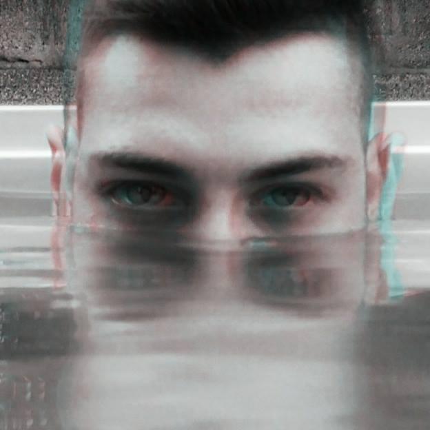 E (@elio777) Cover Image