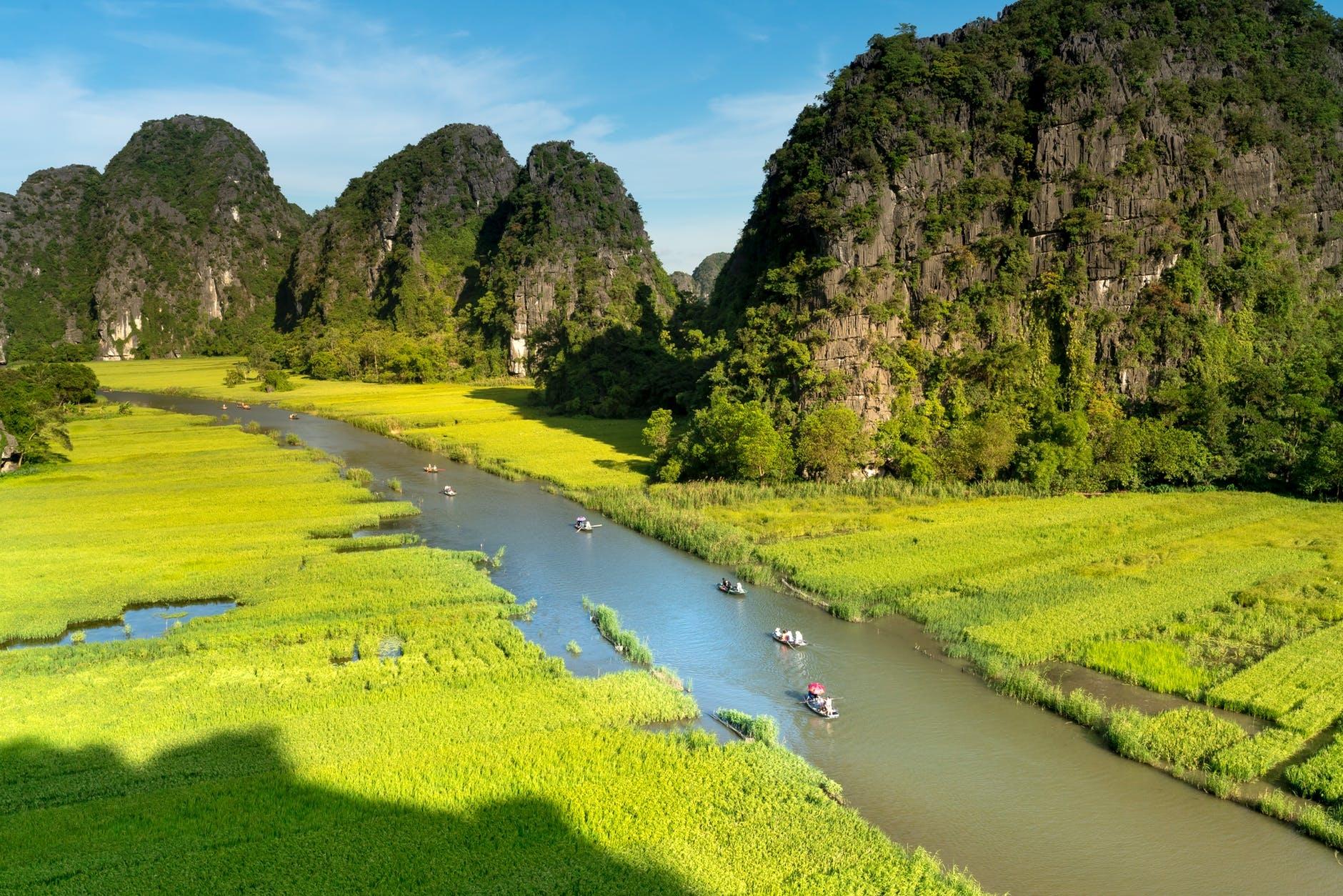 Viaje Vietnam Asia (@viajevietnamasia) Cover Image