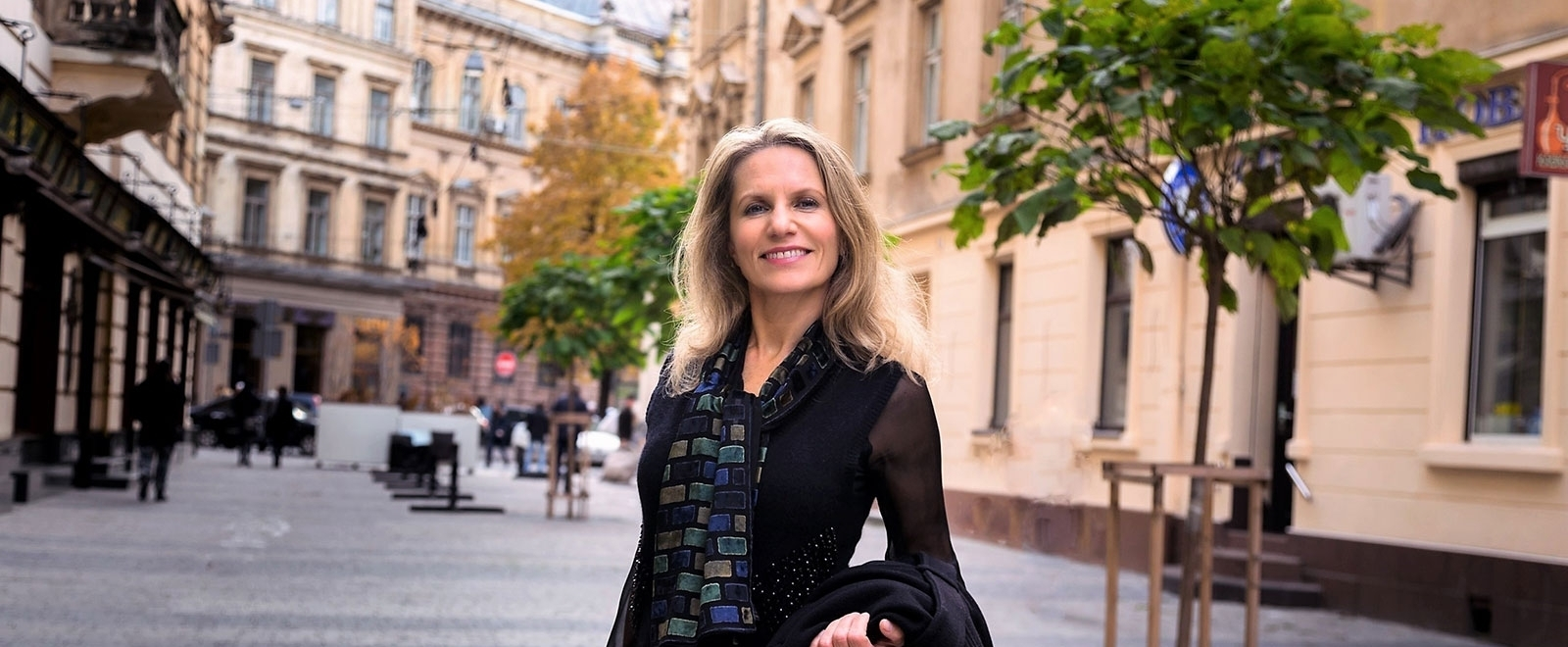 Olga Artemenko (@olgaartemenko) Cover Image