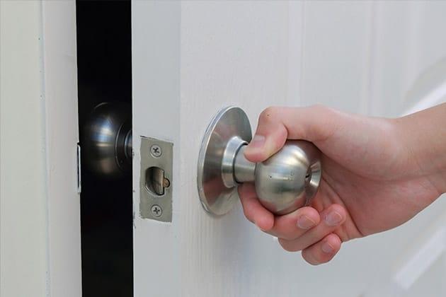 Ouverture de porte (@ouverture-de-portes) Cover Image
