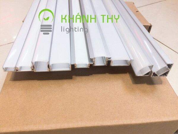 Khanh Thy Lighting (@khanhthylighting) Cover Image