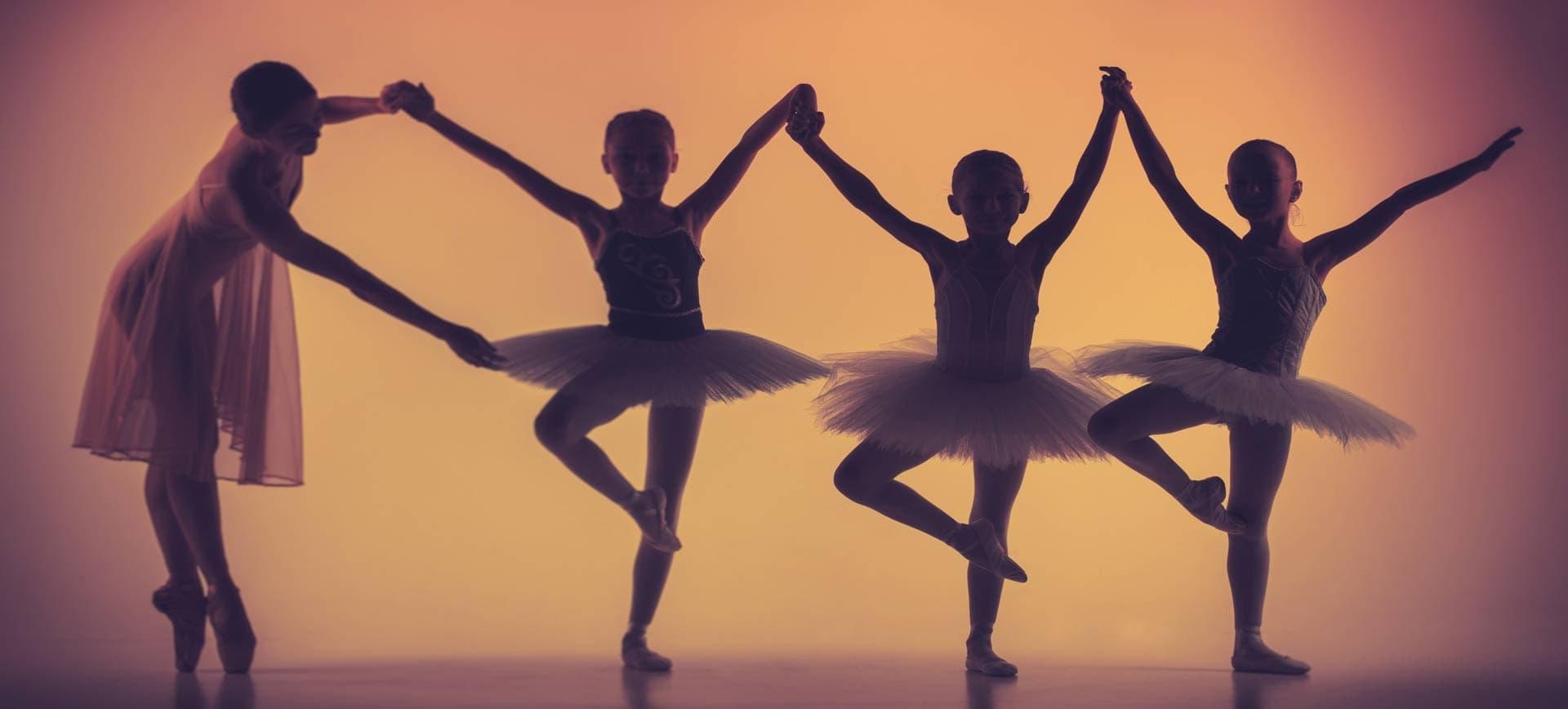 Olga Leibrandt (@ballettstost) Cover Image