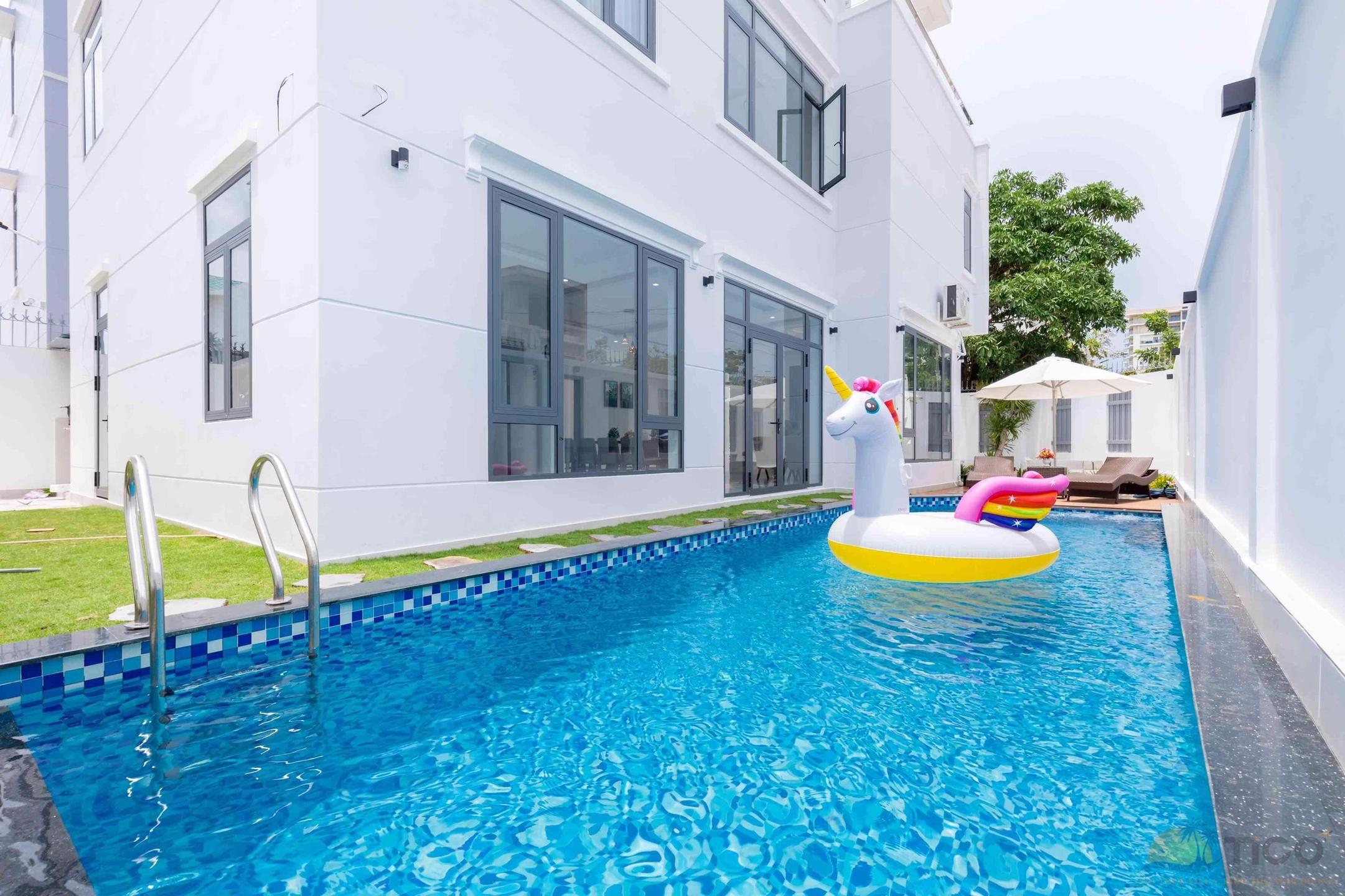 Cho thuê villa vũng tàu có hồ  (@chothuevillavungtaucohoboi) Cover Image