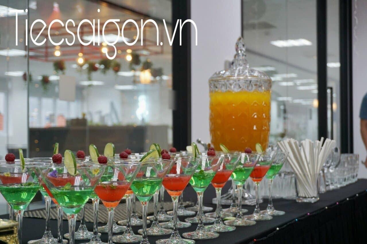 Tiệc Sài gòn (@tiecsaigon) Cover Image