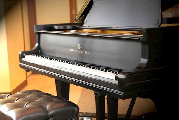 Piano Removalists Melbourne (@piano-mover) Cover Image