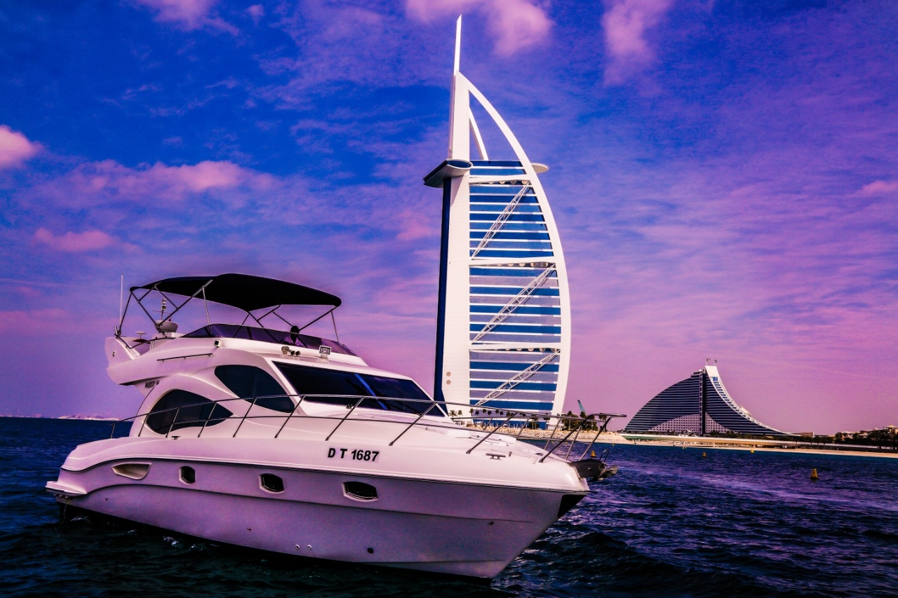 Royal Blue Coast Yachts (@rbcyachts) Cover Image