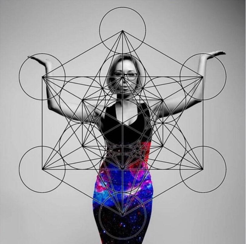 Metaphysical Ash (@metaphysicalash) Cover Image