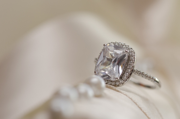 Moore's Diamond  (@mooresdiamondrings) Cover Image