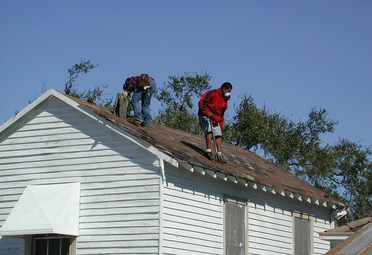 Huntersville Roofers (@huntersvilleroofers) Cover Image