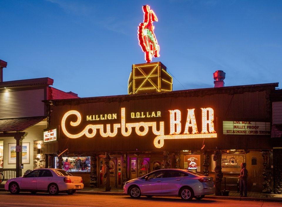 Million Dollar Cowboy Bar (@milliondollarjackson) Cover Image